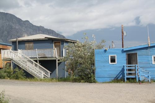 Arctic - Anatuvuk houses
