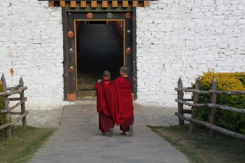 Buthan - Koppel monks