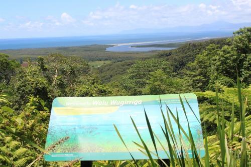 Daintree - with the reefs