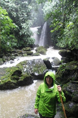 Ecuador - Waterval Las LAttas