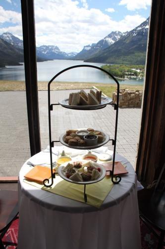 Glacier NP - High Tea
