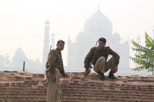 India - Security Taj Mahal