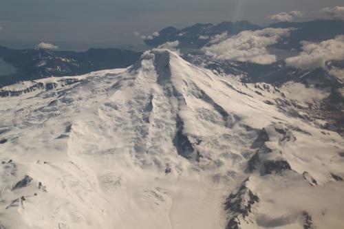 Katmai - besneeuwde mountains