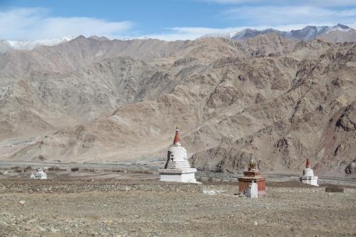 Ladakh - Afgelegen stupas