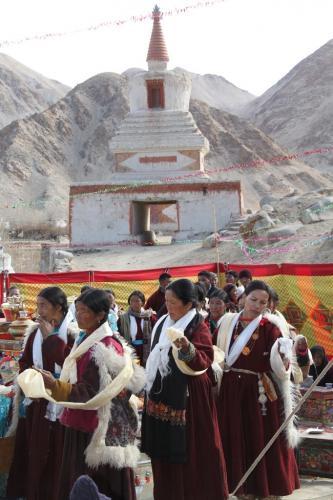 Ladakh - Dansende vrouwen