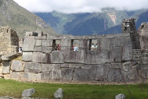 Peru - MachuPicchu windows