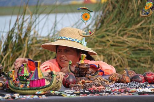 Peru - Rieteiland shop