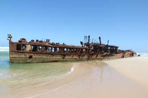 QLD - Fraser wrak strand