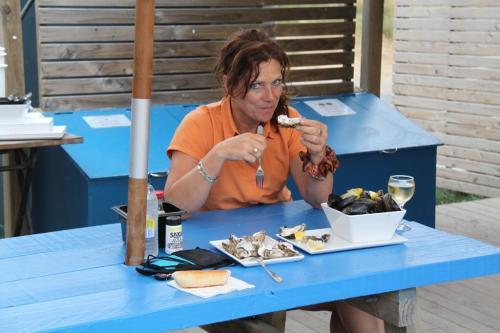 TAS - oesters Coles Bay