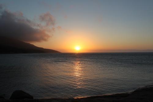 TAS - zonsondergang honeymoon bay