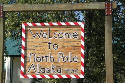 Arctic - North Pole village