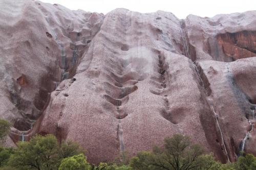 Ayers Rock - zwarte metaallieke glans