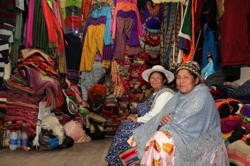 Bolivia -  Poncha women