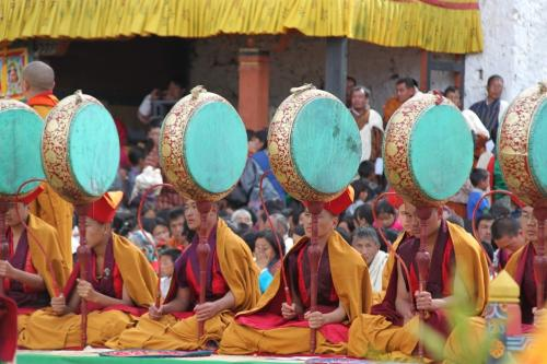 Buthan - Paro Trommels & monks
