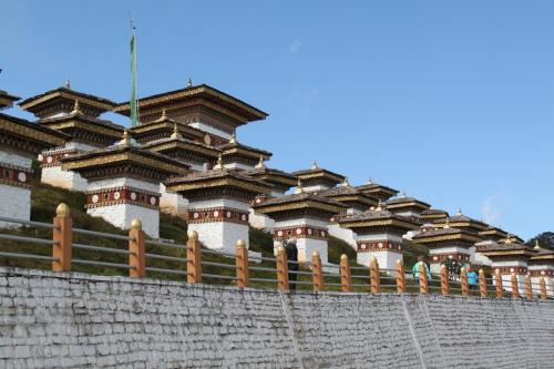 Buthan - View stupas