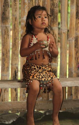 Ecuador - Kind & dans