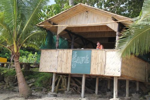 Fiji - e cafe
