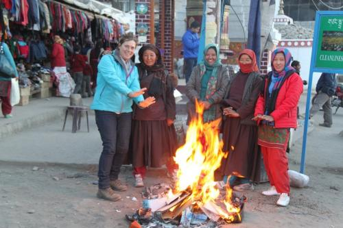 Ladakh - Vuurhaard vrouwen markt Leh