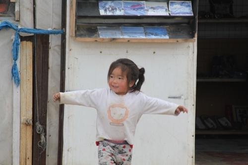 Mongolia - Dansende peuter