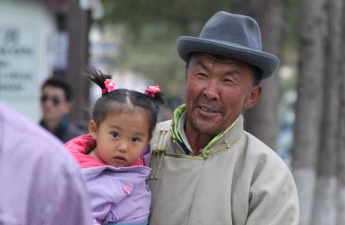 Mongolia - opa en kleinkind