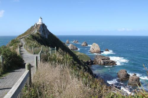 NZ - Nugget point lighthouse