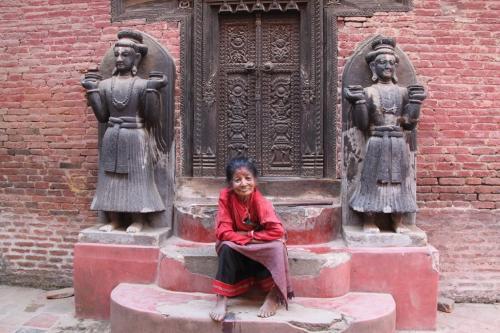 Nepal - Oud vrouwke