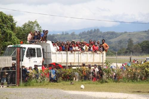 PNG - massa mensen