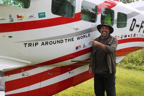 PNG - trip around the world Erwin
