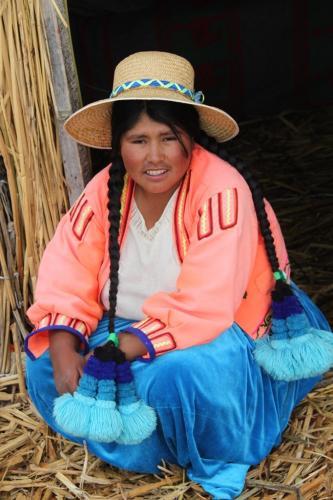 Peru - Rieteiland vrouw