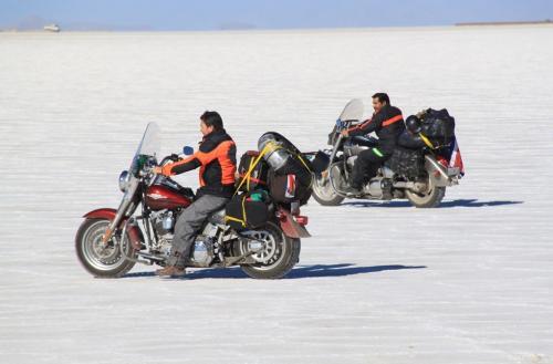 Salta - Salinas met motards