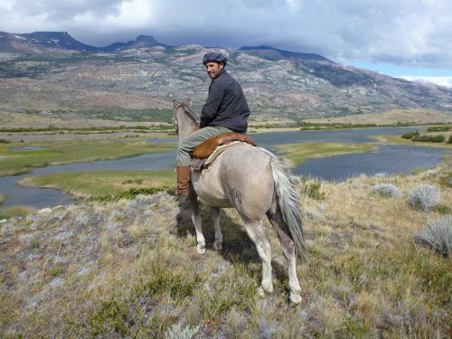 Tango - Horse riding guide