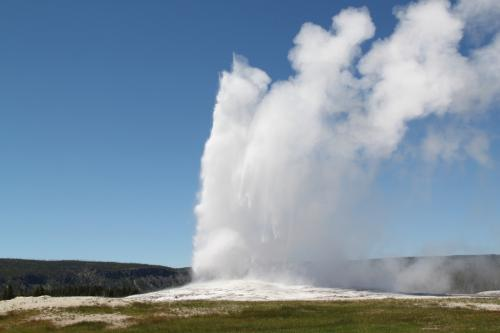Yellowstone - old faithful