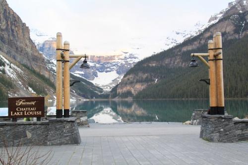 Yoho - Lake Louise feature