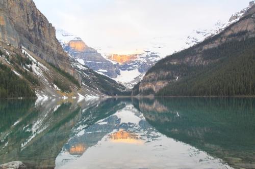 Yoho - Lake Louise weerspiegeld